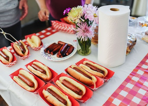 Hot dogs on a plate with paper towels